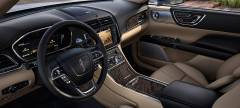 2017 Lincoln Continental Photo - Instrument Panel