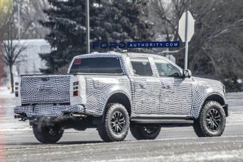 2023-Ford-Ranger-Raptor-Prototype-Left-Hand-Drive-February-2021-008-1024x683.jpg.c2e9e364e2e8aabd2043236abdcc1685.jpg